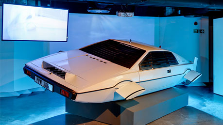 London Film Museum: Bond in Motion