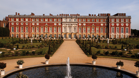 Hampton Court Palace Tickets 2FOR1 Offers
