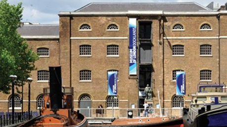 how to get to docklands museum
